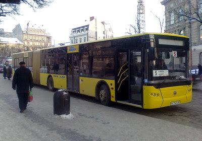 5 автобус у Львові