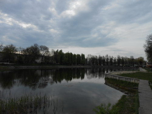 Левандівське озеро