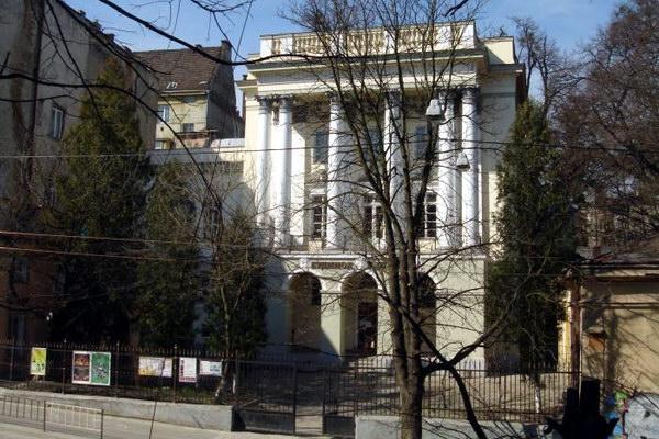 Палац Бєльських