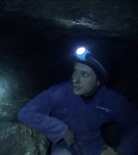 Воробус у печері Млинки