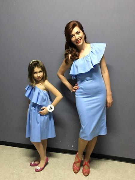 Наталія з мамою