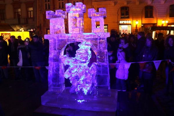 Льодові скульптури