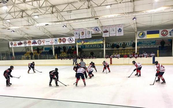 Великий хокей у Новояворівську
