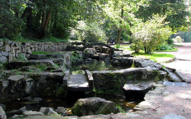 кам'яний мостик