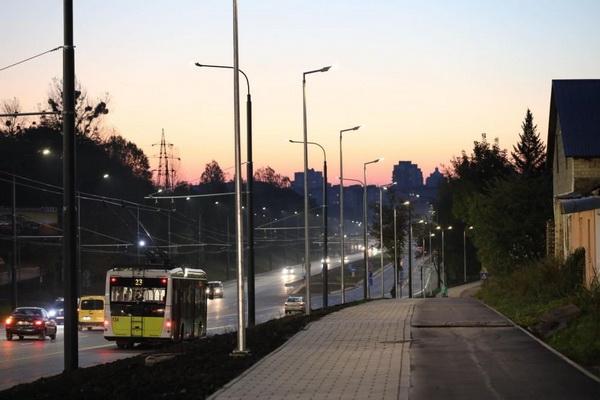 Тролейбус на Шувар