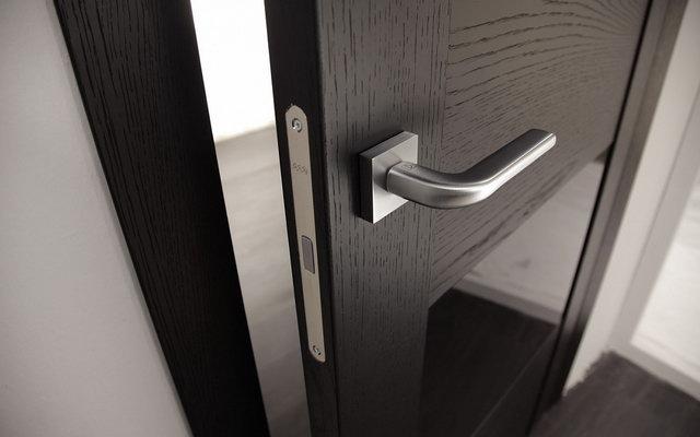 фурнітура для міжкімнатних дверей