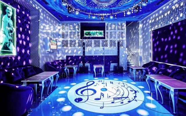 нічний клуб Split у Львові