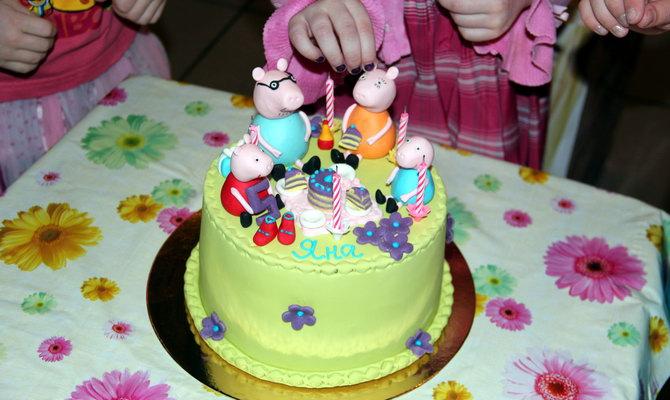 торт на День народження дитини