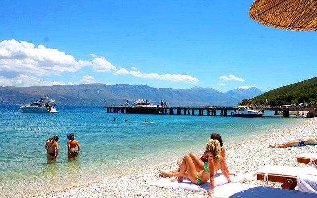 пляжі Албанії
